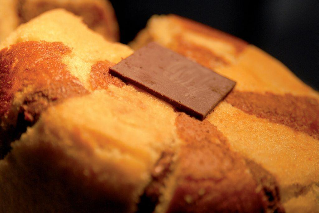 Charlotte al cioccolato fondente con Ratafià alle ciliegie nere